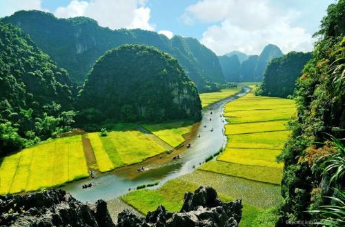 Tam Coc- Ninh Binh- combination of culture and nature in Northern tour of Vietnam
