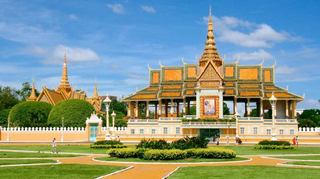 Phnom Penh Stop over